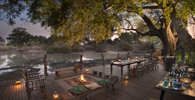 Safari Trip Ideas: 5 Day / 4 Night Mana Pools National Park Fly-in Safari  ..