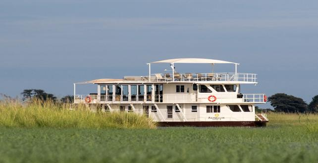 Safari Special: 5 Day Houseboat Safari on the Chobe River..
