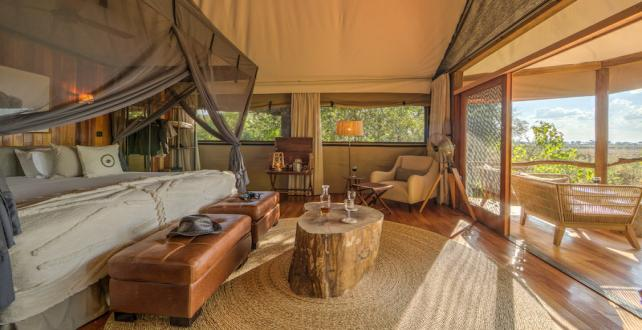 Safari Special: 7 Day Central Kalahri and Okavango Delta Safari Special..