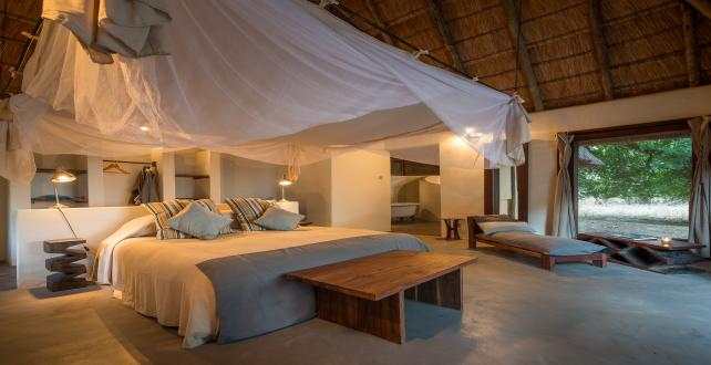Safari Special: 9 Day Zambezi & Luangwa Special (free flights)..